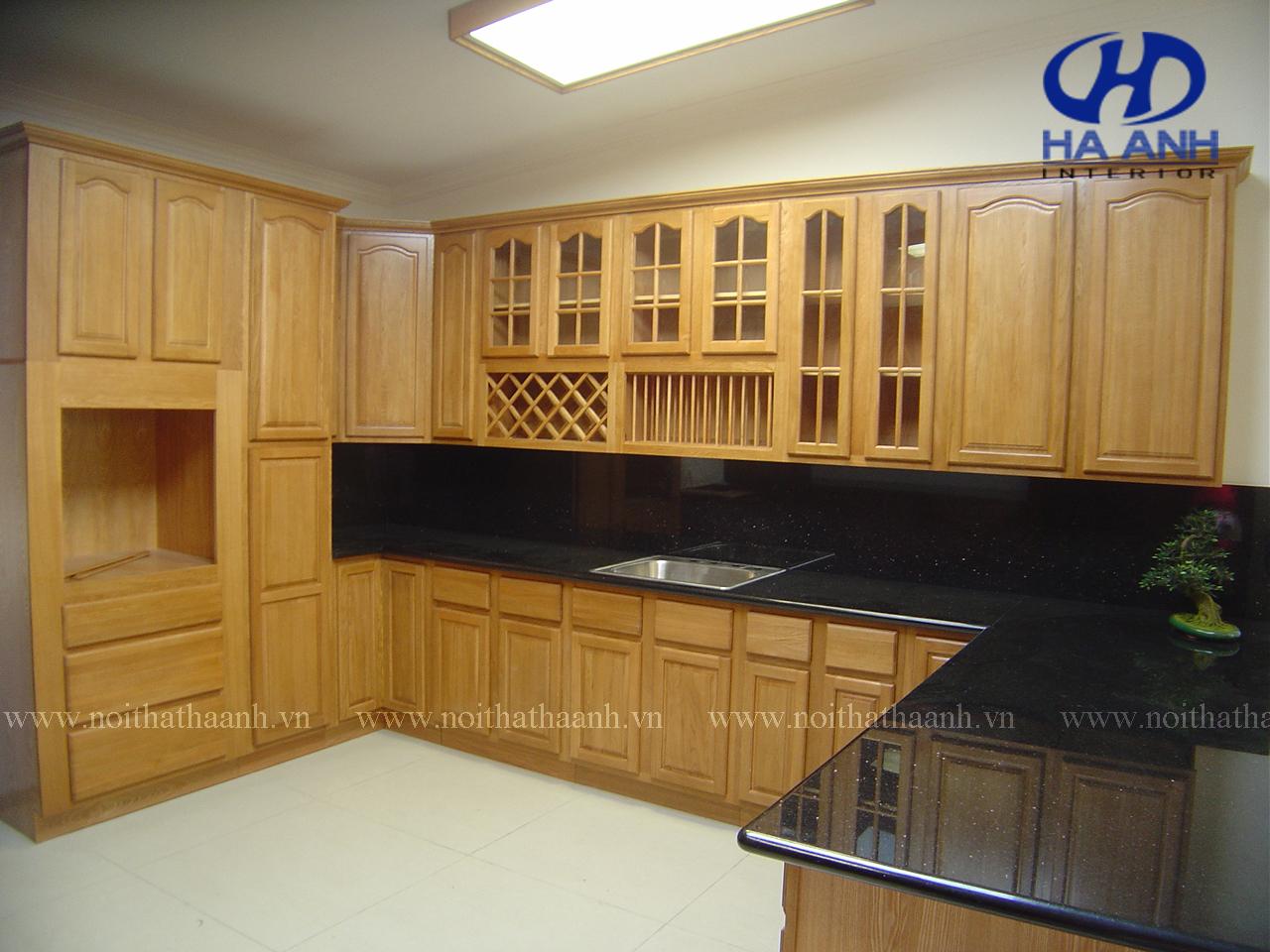 Tủ bếp gỗ tự nhiên âm hưởng của truyền thống